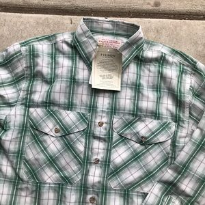 New Filson men's fishing shirt green plaid small